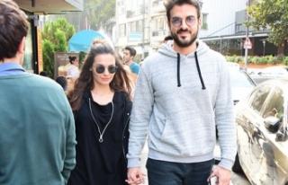 Ağustos ayında evleniyorlar