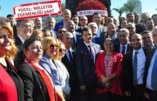 İzmir'de CHP'den alternatif 29 Ekim kutlaması