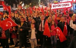 Karşıyaka'da coşkulu Cumhuriyet kutlaması!