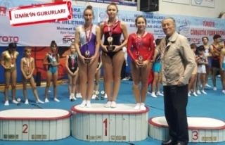 Trampolin cimnastiğe İzmir'de büyük ilgi