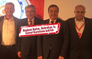 """Başkan Batur: """"Emek en yüce değerdir"""""""