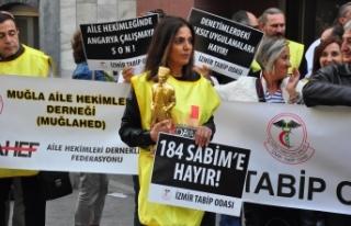 İzmir'de aile hekimleri 'mobbinge hayır'...