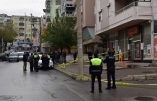 İzmir'de park kavgası kanlı bitti