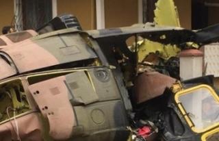 İstanbul'da askeri helikopter düştü : 4 asker...