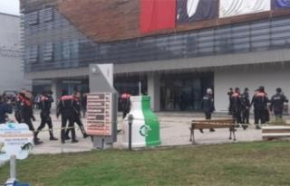 Çukurova Belediyesi'nde silah sesleri: 2 ölü