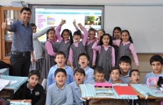 İzmir'deki okul müdürü, dünyanın en iyi...