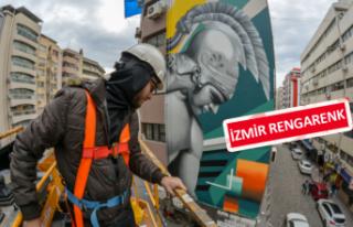 İzmir'in duvarlarına renk geldi