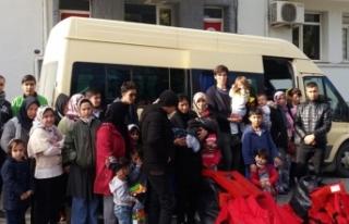 Minibüste 43 kaçak yakalandı