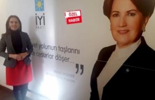 İYİ Parti Gaziemir'de 'avukat kızçe'...