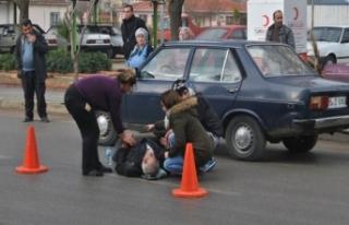 İzmir'de feci kaza: Otomobil ile elektrikli...
