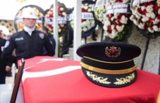 İzmir eski Emniyet Müdürü Coşkun'a veda