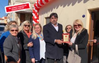 Türk Kadınlar Birliği Foça'da açıldı