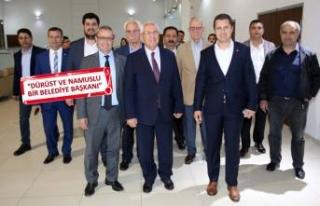CHP İl Başkanı Yücel'den Karabağlar çıkarması
