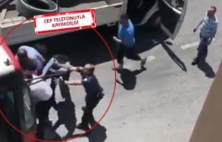 İzmir'de yol kavgasında otobüs şoförünü...