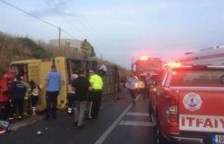 Gezi otobüsü kaza yaptı: 4 ölü