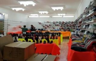 İzmir'de 13 mağazaya 'taklit ürün'...