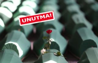Srebrenica Katliamı'nın kurbanları Bornova'da...