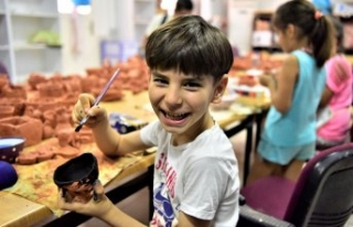 Bornova çocukların hayalini geliştiriyor