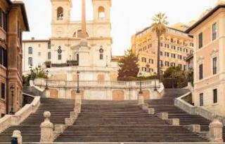 Roma'da merdivenlere oturma yasağı