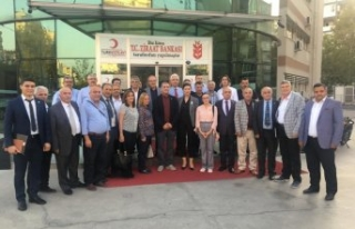 İYİ Parti İzmir'den TSK için kan bağışı
