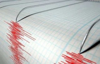 Çeşme'de 3.0 büyüklüğünde deprem