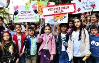 İzmir'de Çocuk Hakları Günü kutlandı