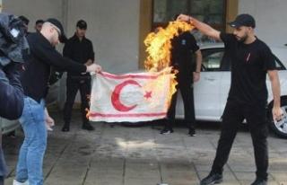 KKTC´den Rum yönetimine bayrak tepkisi: Bu suskunluk...