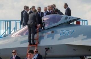 Rusya'dan Erdoğan'ın yakından incelediği uçakla...