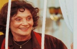 Usta oyuncu Yıldız Kenter hayatını kaybetti