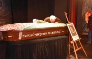 Usta tiyatrocu ile ilgili gerçek cenazesinde ortaya...