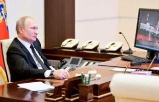 Dünya Putin'in fotoğrafındaki ayrıntıyı konuşuyor…...