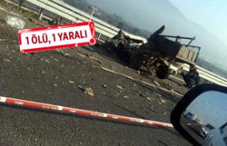 İzmir'de feci kaza: Kamyonet ile otomobil çarpıştı