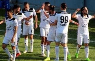 Manisa FK'da 3 isimle yollar ayrıldı