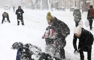 Mevsimin ilk kar tatili haberi geldi