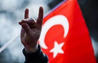 MHP'li eski başkana 6 ay hapis cezası!