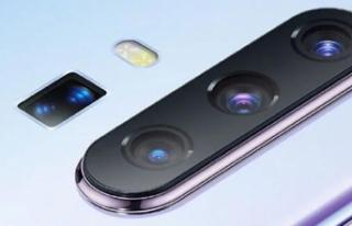 Vivo'nun 60x hibrit zoom telefonu adeta dudak...