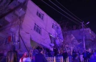 Deprem kabusu sürüyor: Elazığ'da 6,8 büyüklüğünde...