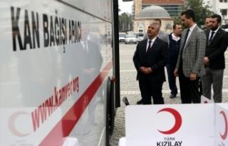 İzmir'de MHP'lilerden kan seferberliği