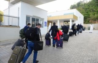 Moskova'dan getirilen Türk vatandaşları Giresun'da...