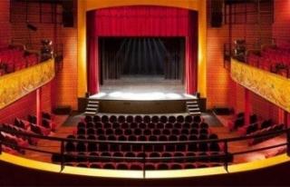 Tiyatroculardan '1 Temmuz'da perde açılması...