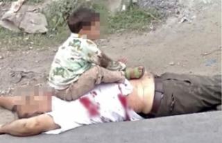 Keşmir'deki çocuk fotoğrafı infial yarattı