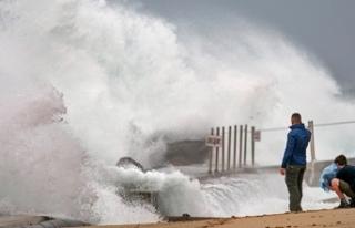 ABD'de Isaias Kasırgası Kuzey Carolina'ya...