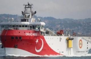 Akdeniz'de gerilim: Türk ve Yunan gemileri arasında...