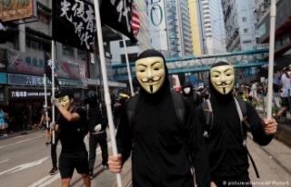 Hong Kong'da muhalif medya lideri ve çalışanlarına...