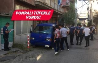 İzmir'de pompalı tüfekle vurulan kişi hayatını...