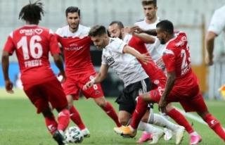 Beşiktaş'a evinde 85'inci dakikada Antalyaspor...