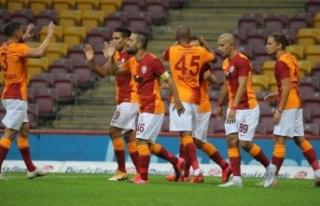 Galatasaray, Azerbaycan'da tur ve 100. galibiyet...