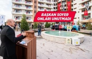 Başkan Soyer huzurevi sakinlerinin Cumhuriyet Bayramı'nı...