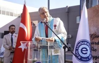 Prof. Dr. Budak: Cumhuriyet, Türk Milletinin bağımsızlığının...