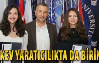 Yaratıcı Fikirler Yarışmasında TAKEV Lisesi Türkiye...